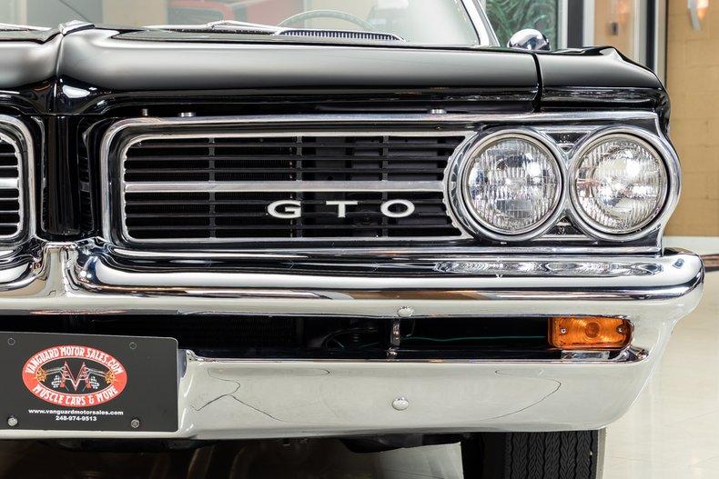 1964 Pontiac GTO 29