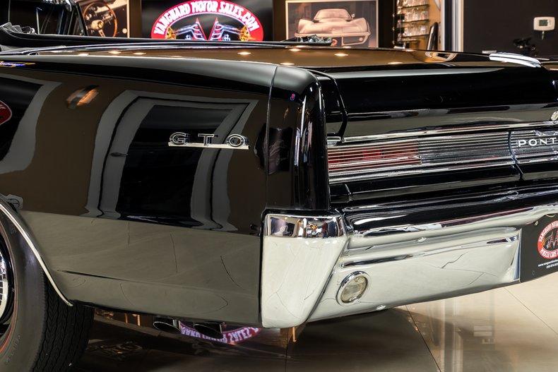 1964 Pontiac GTO 35