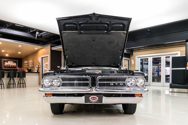 1964 Pontiac GTO 81