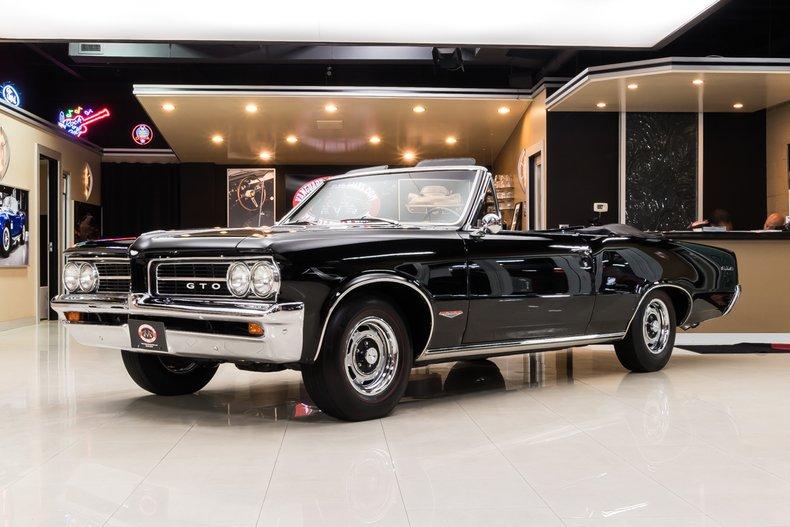 1964 Pontiac GTO 12