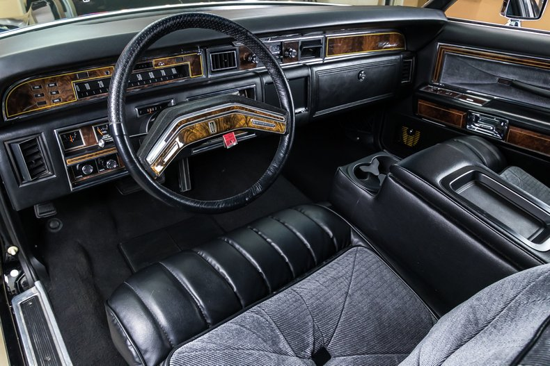 1977 Lincoln Continental Town Coupe for sale #65597 | Motorious