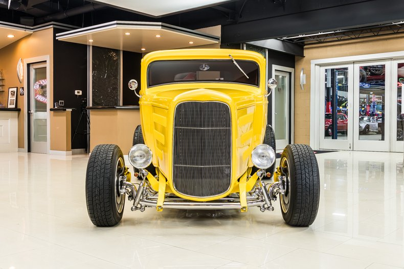 1932 Ford 3-Window 6