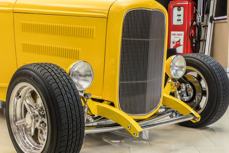 1932 Ford 3-Window 19