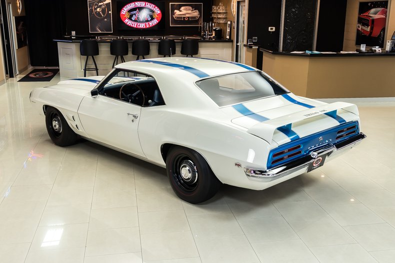 1969 Pontiac Firebird 16