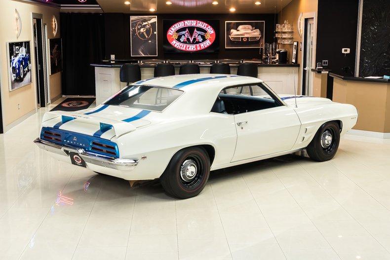 1969 Pontiac Firebird 12