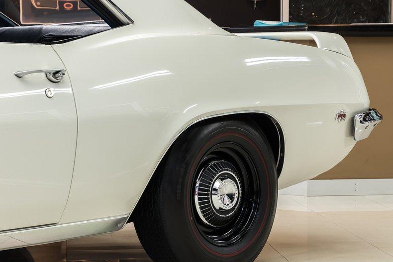 1969 Pontiac Firebird 29
