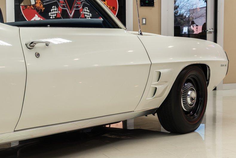 1969 Pontiac Firebird 41