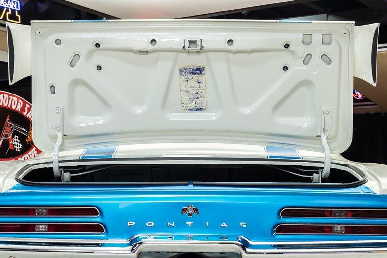 1969 Pontiac Firebird 75