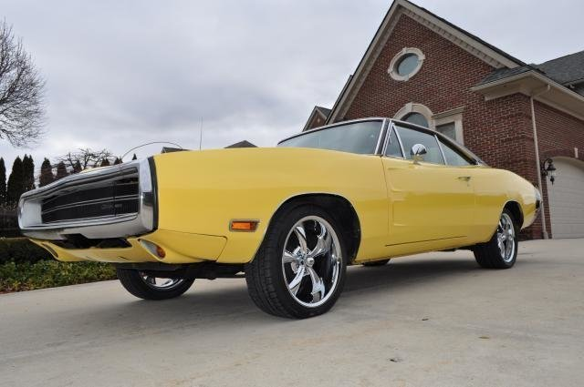 1970 dodge charger watch video
