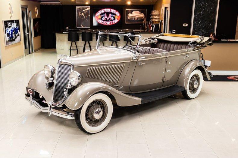 1934 Ford Phaeton 20