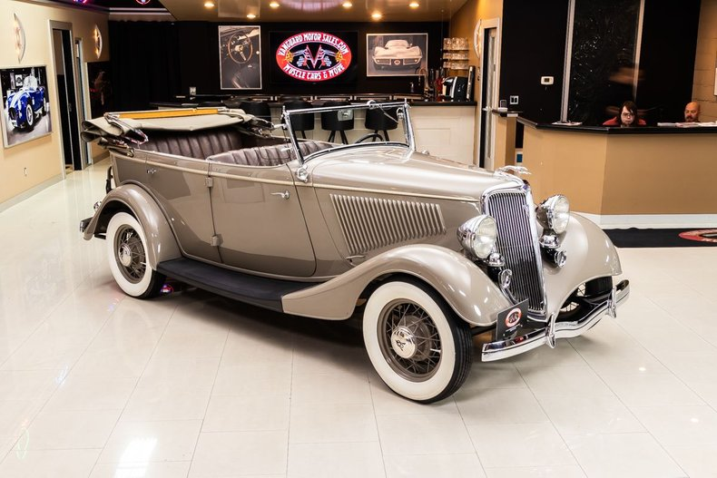 1934 Ford Phaeton 25