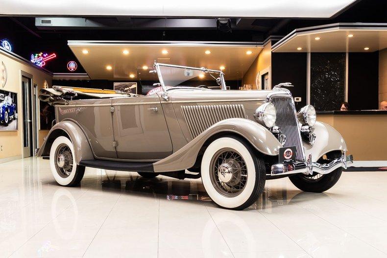 1934 Ford Phaeton 24
