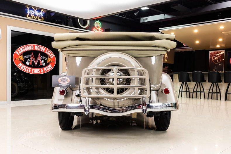1934 Ford Phaeton 29