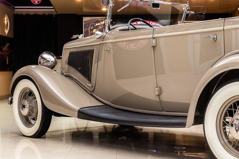 1934 Ford Phaeton 52