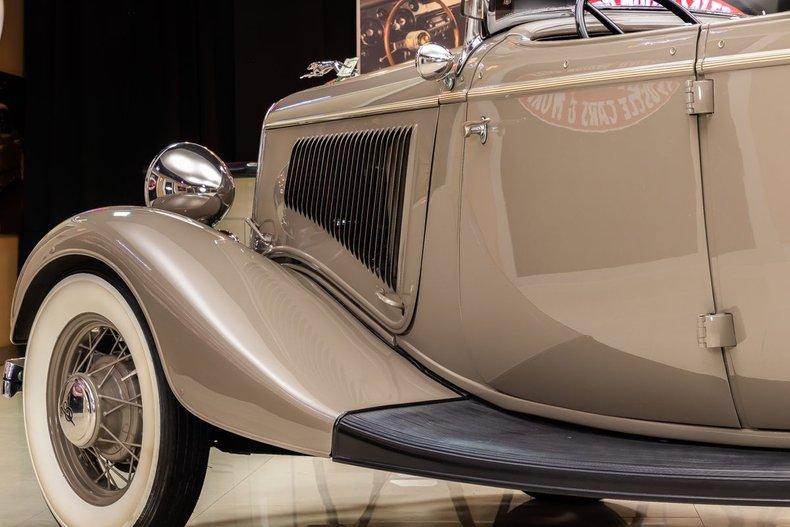 1934 Ford Phaeton 53