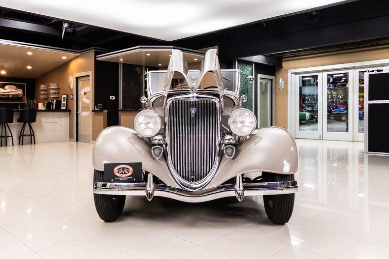 1934 Ford Phaeton 93
