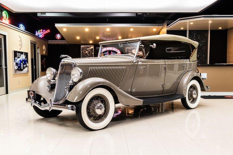 1934 Ford Phaeton 106