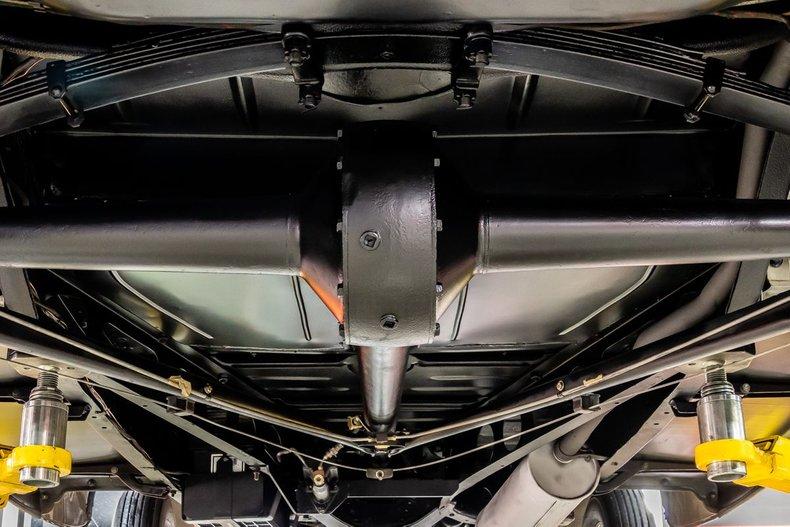 1934 Ford Phaeton 12