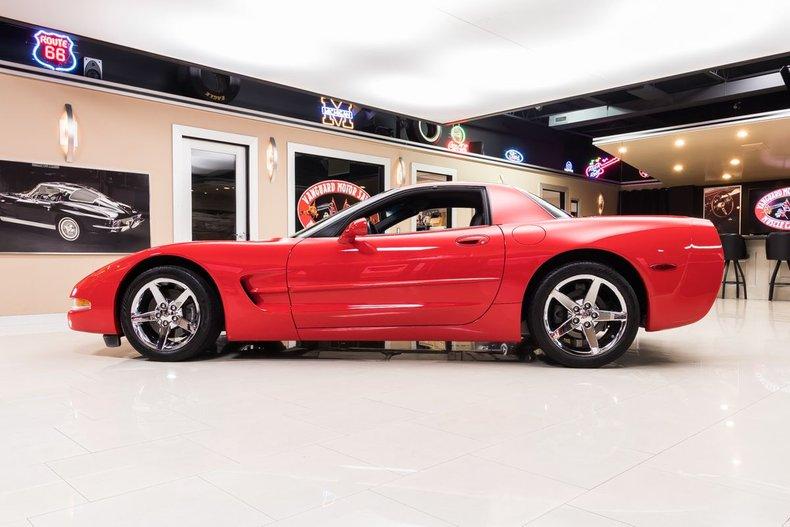 1999 Chevrolet Corvette 17