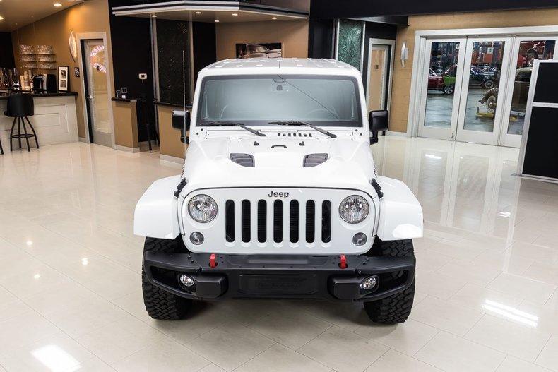 2016 Jeep Wrangler 18