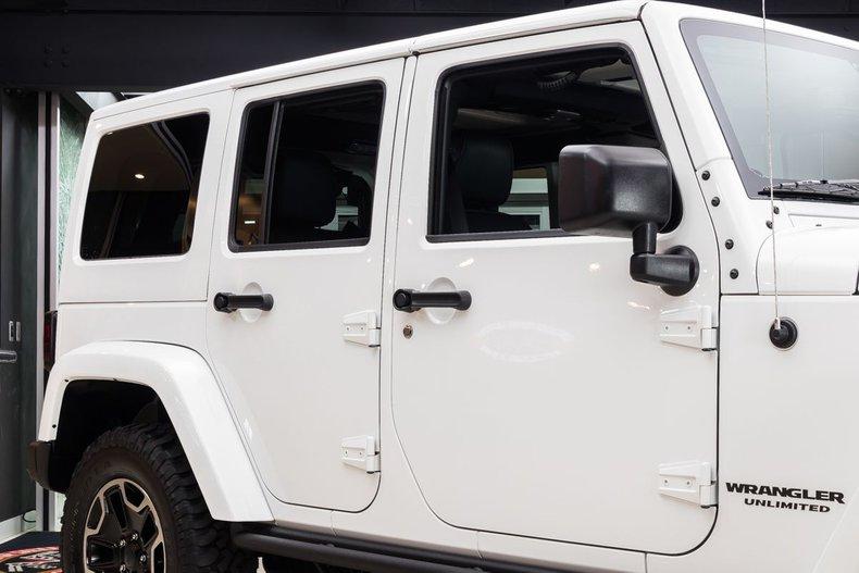 2016 Jeep Wrangler 24