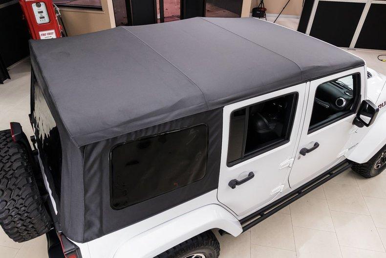 2016 Jeep Wrangler 34