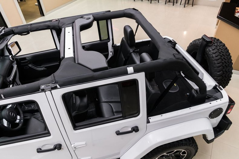 2016 Jeep Wrangler 33