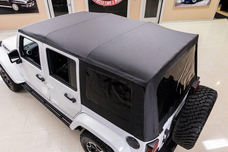 2016 Jeep Wrangler 38