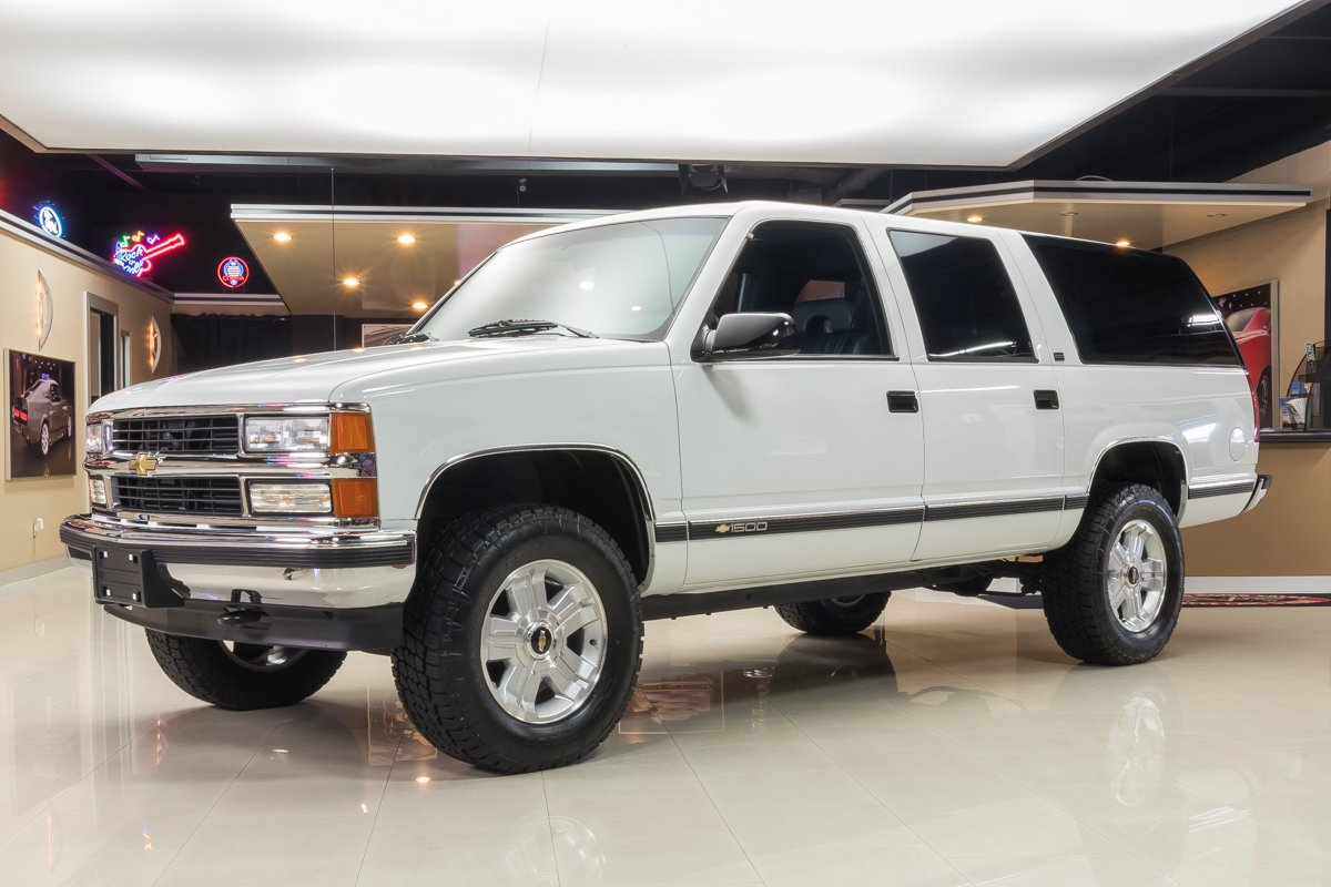 1994 chevrolet suburban classic cars for sale michigan muscle old cars vanguard motor sales. Black Bedroom Furniture Sets. Home Design Ideas