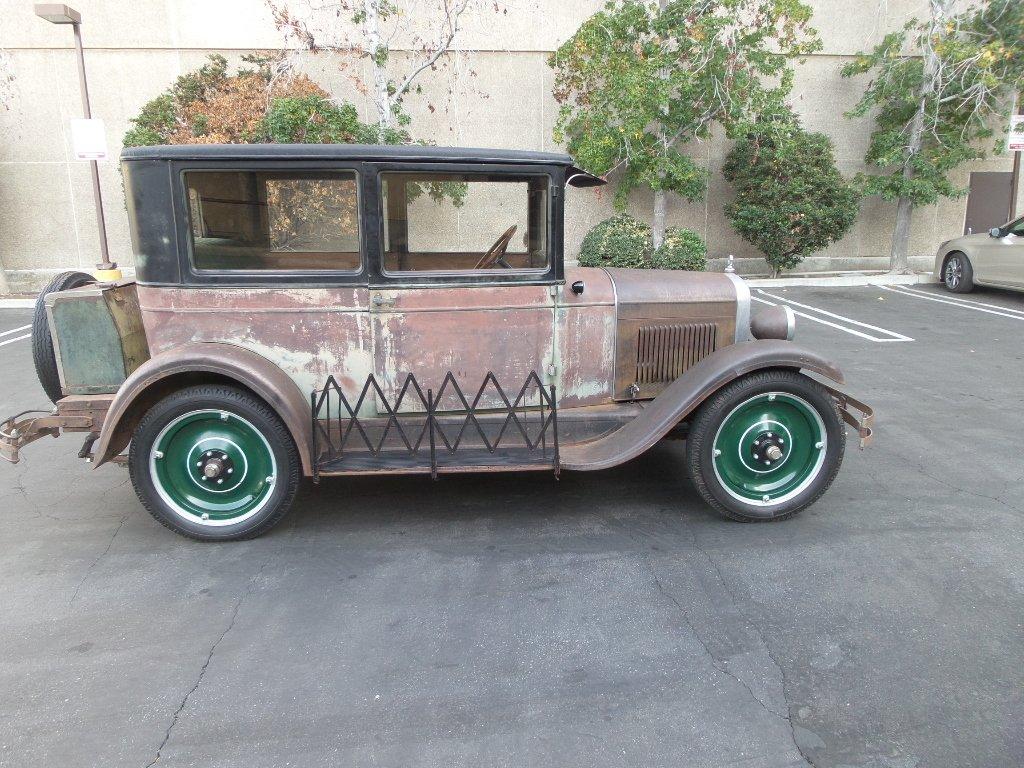 1927 Chevrolet 2 DOOR SEDAN