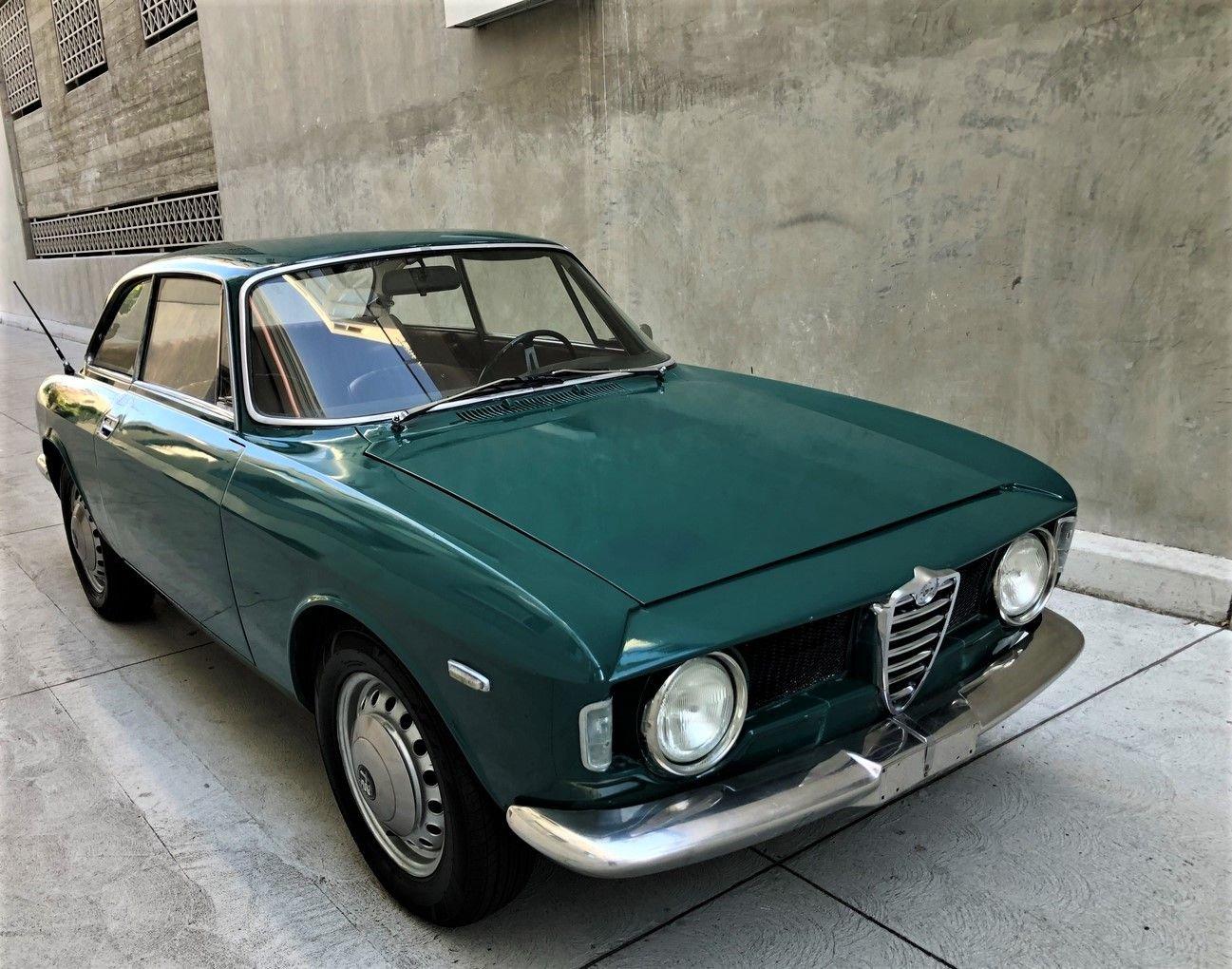 1968 Alfa Romeo Giulia GT 1300 Junior