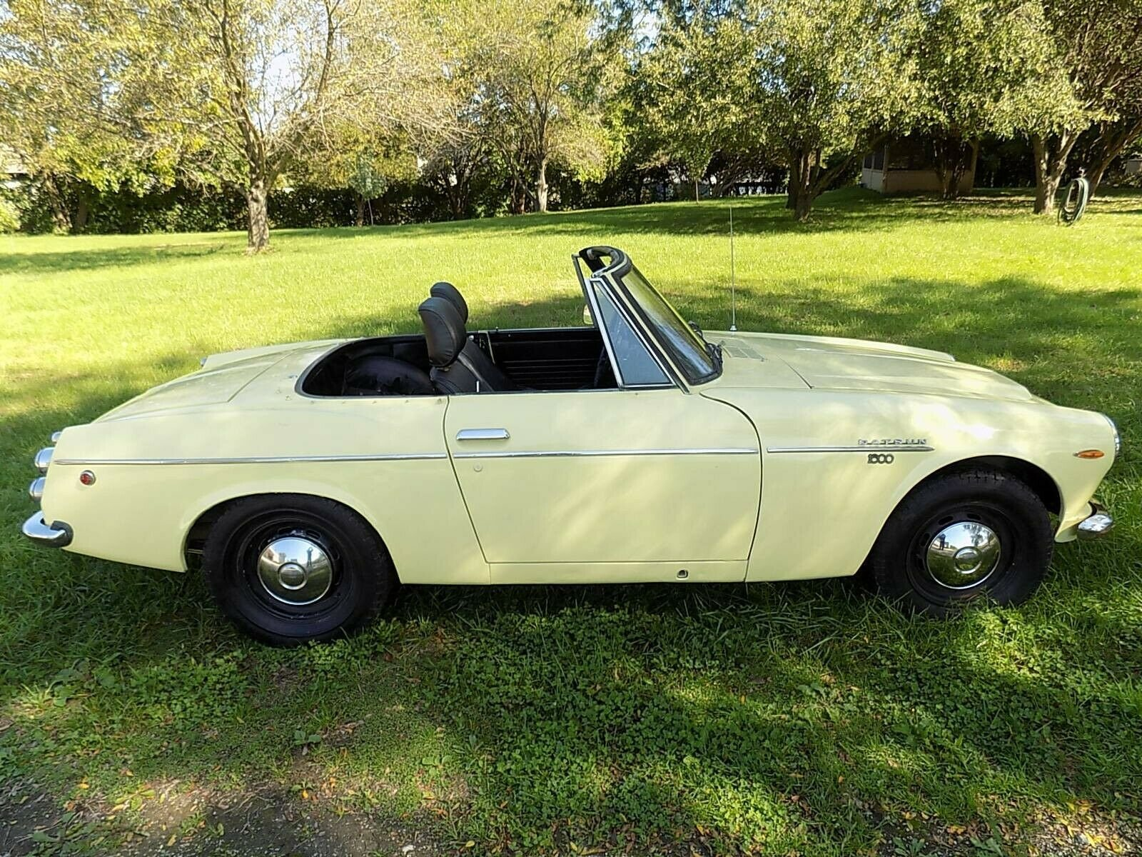 1969 Datsun 1600 Roadster Vintage Car Collector