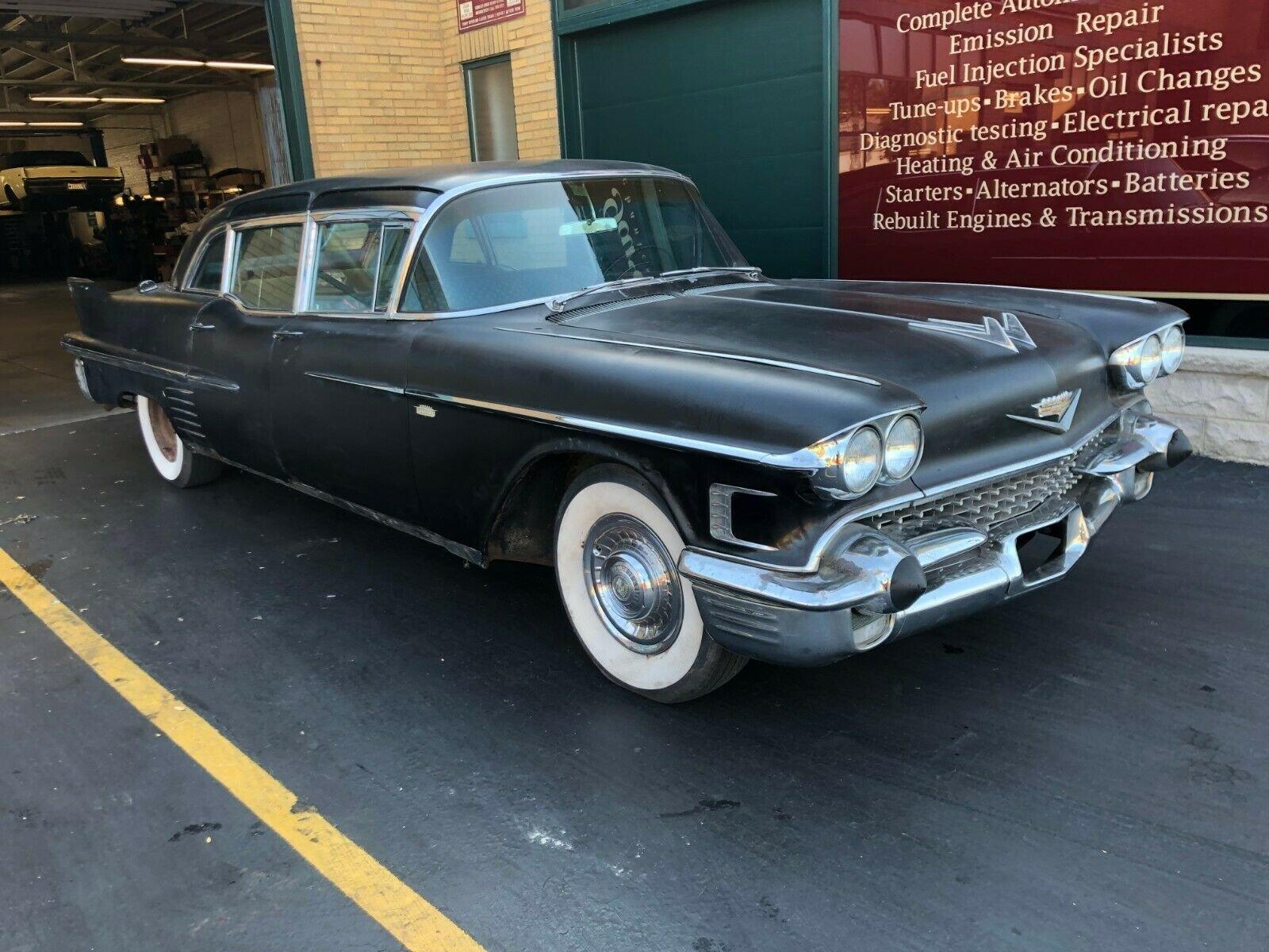 1958 Cadillac Series 75 Fleetwood