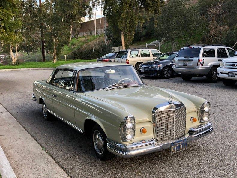 1965 Mercedes-Benz 220SE For Sale