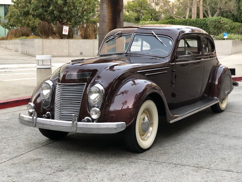 1937 Chrysler AIRFLOW 2 DOOR COUPE