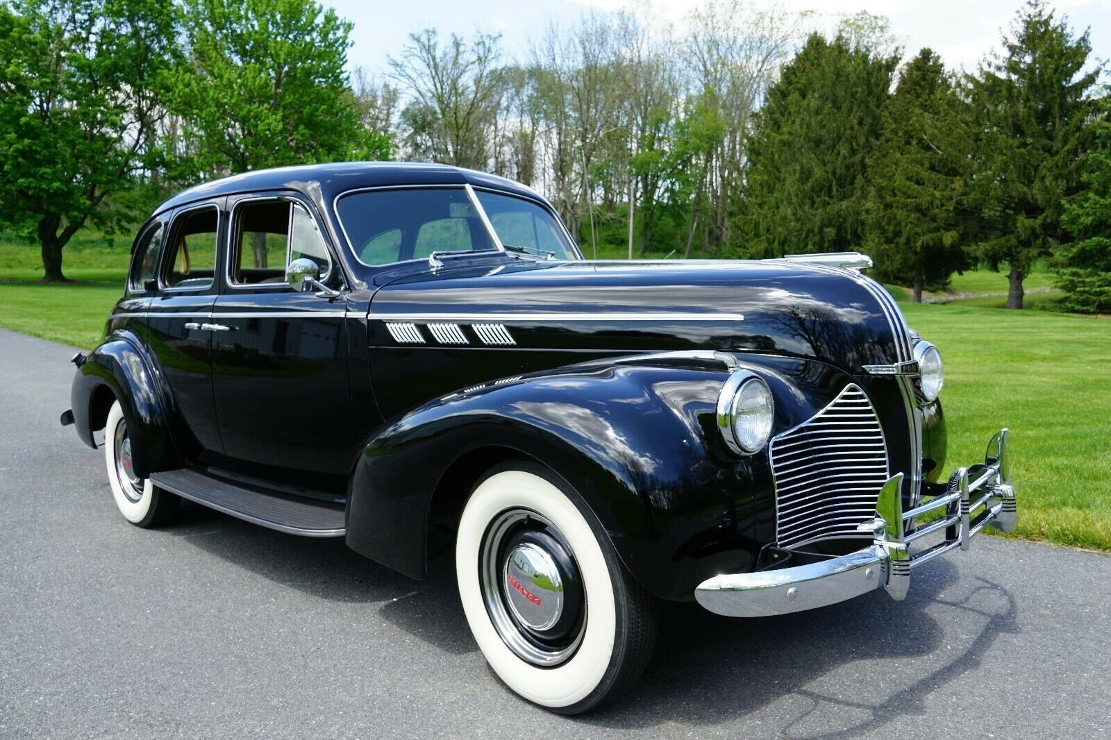 1940 Pontiac SPECIAL SIX SEDAN