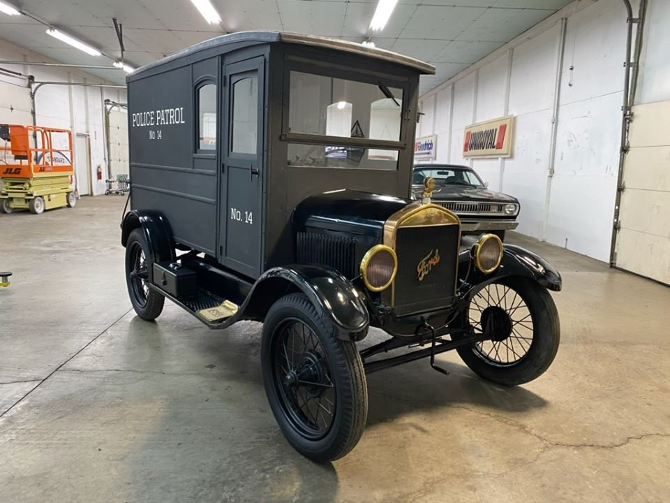1926 Ford Club Wagon Van