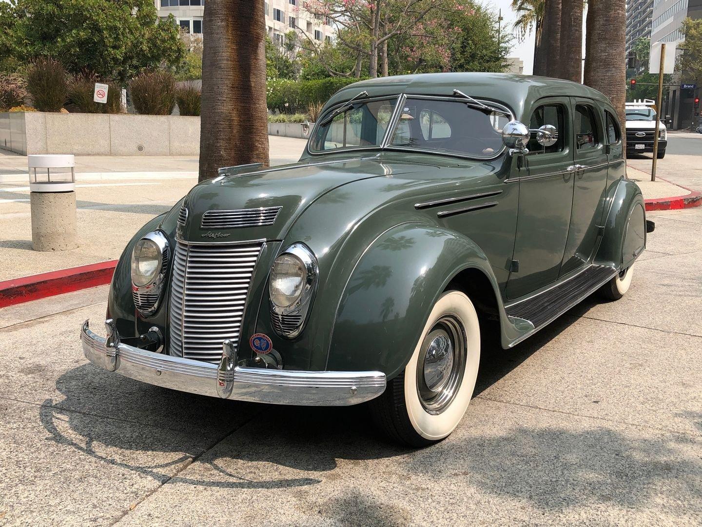 1937 Chrysler 8 Airflow