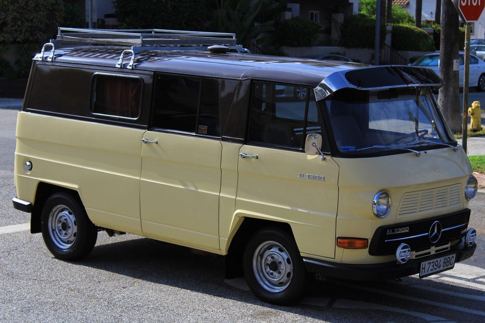 1979 Mercedes-Benz N1300