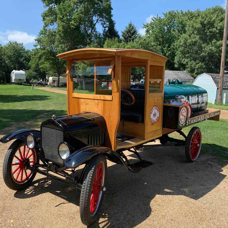 1917 Ford TT truck