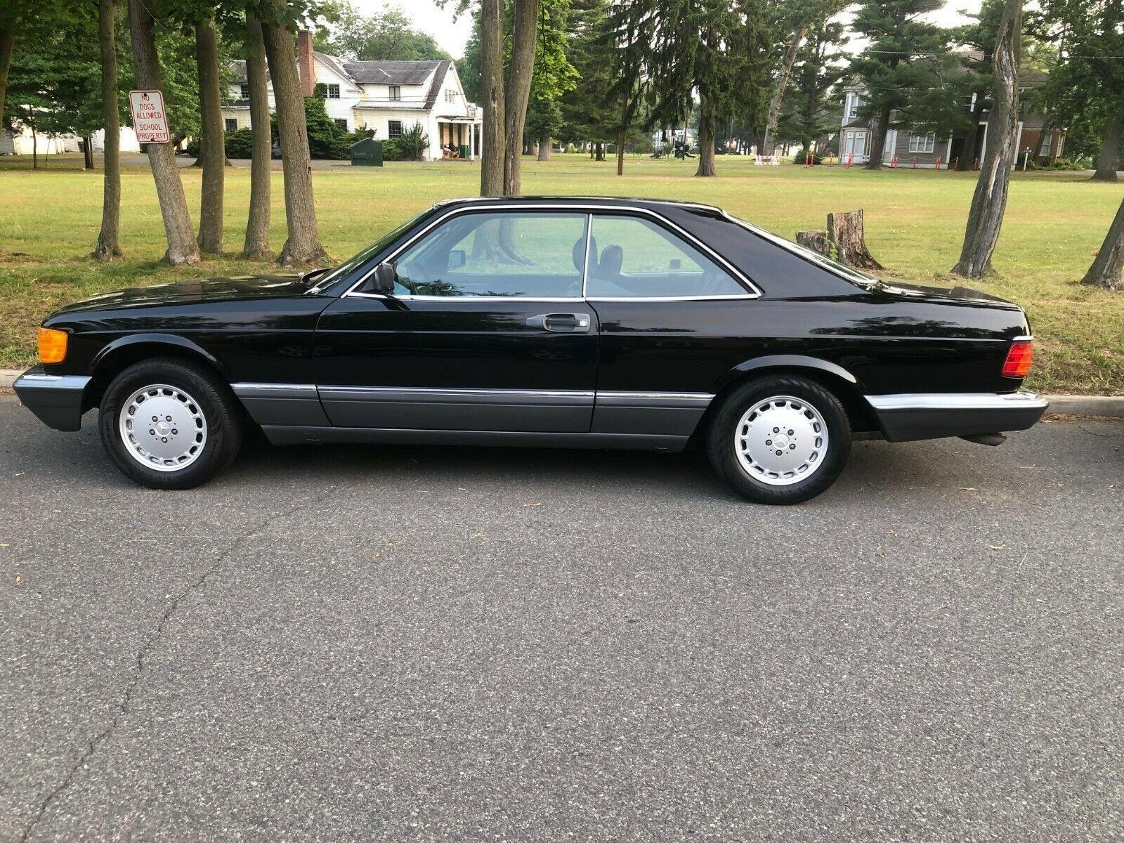 1990 Mercedes-Benz 560 SEC