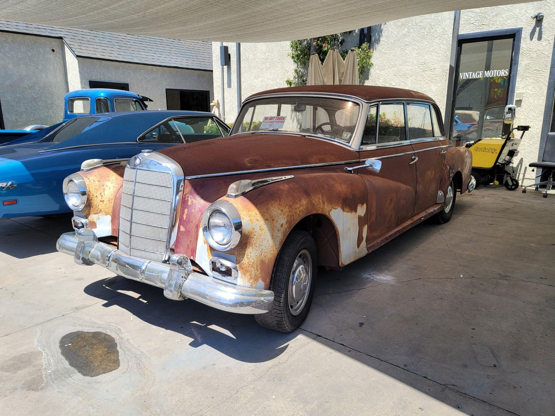 1958 Mercedes-Benz 300D Adenauer