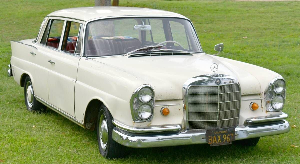 1963 Mercedes-Benz 220 S