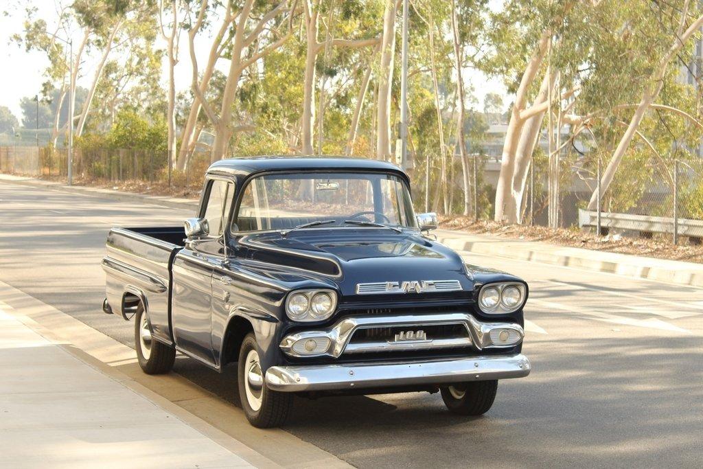 1959 GMC 100 Deluxe, Short Bed