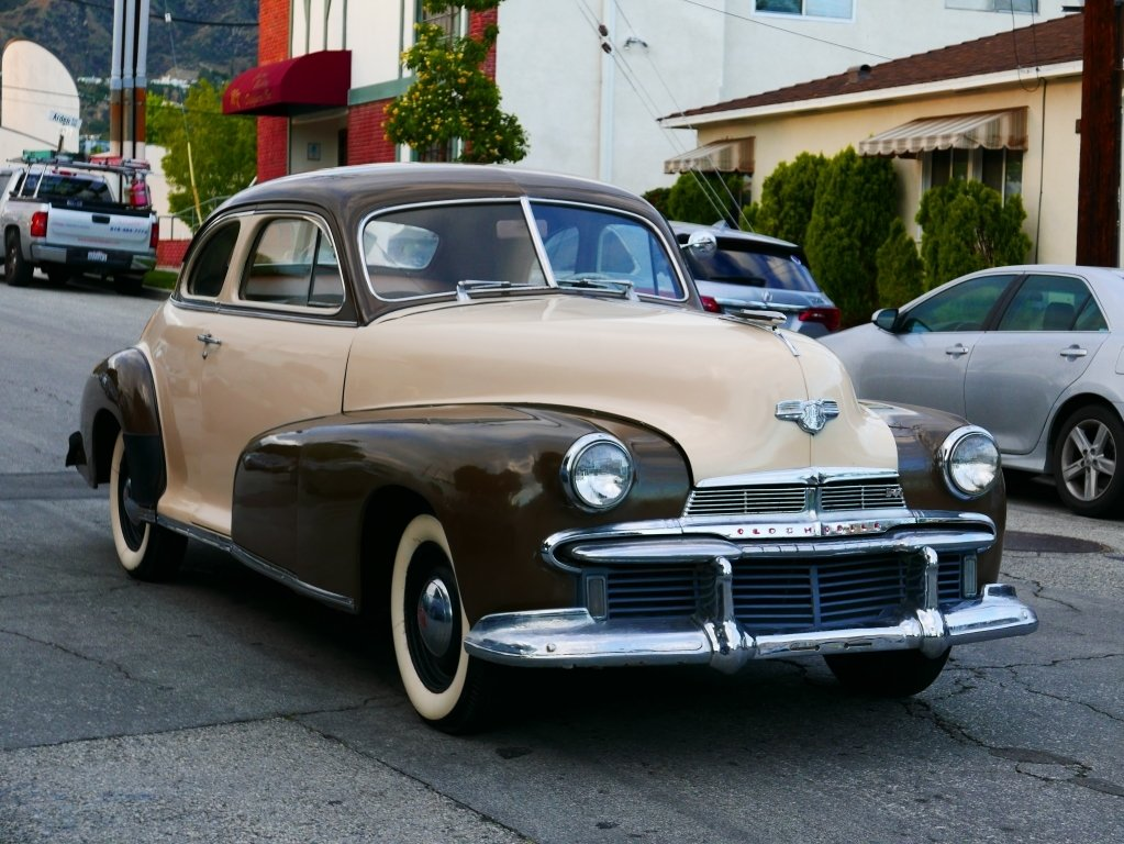 1942 Oldsmobile B44 Business Coupe