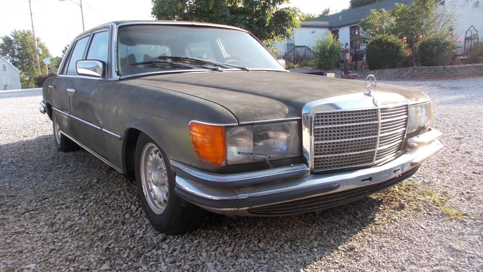 1979 Mercedes-Benz 450 SEL 6.9 Euro Version