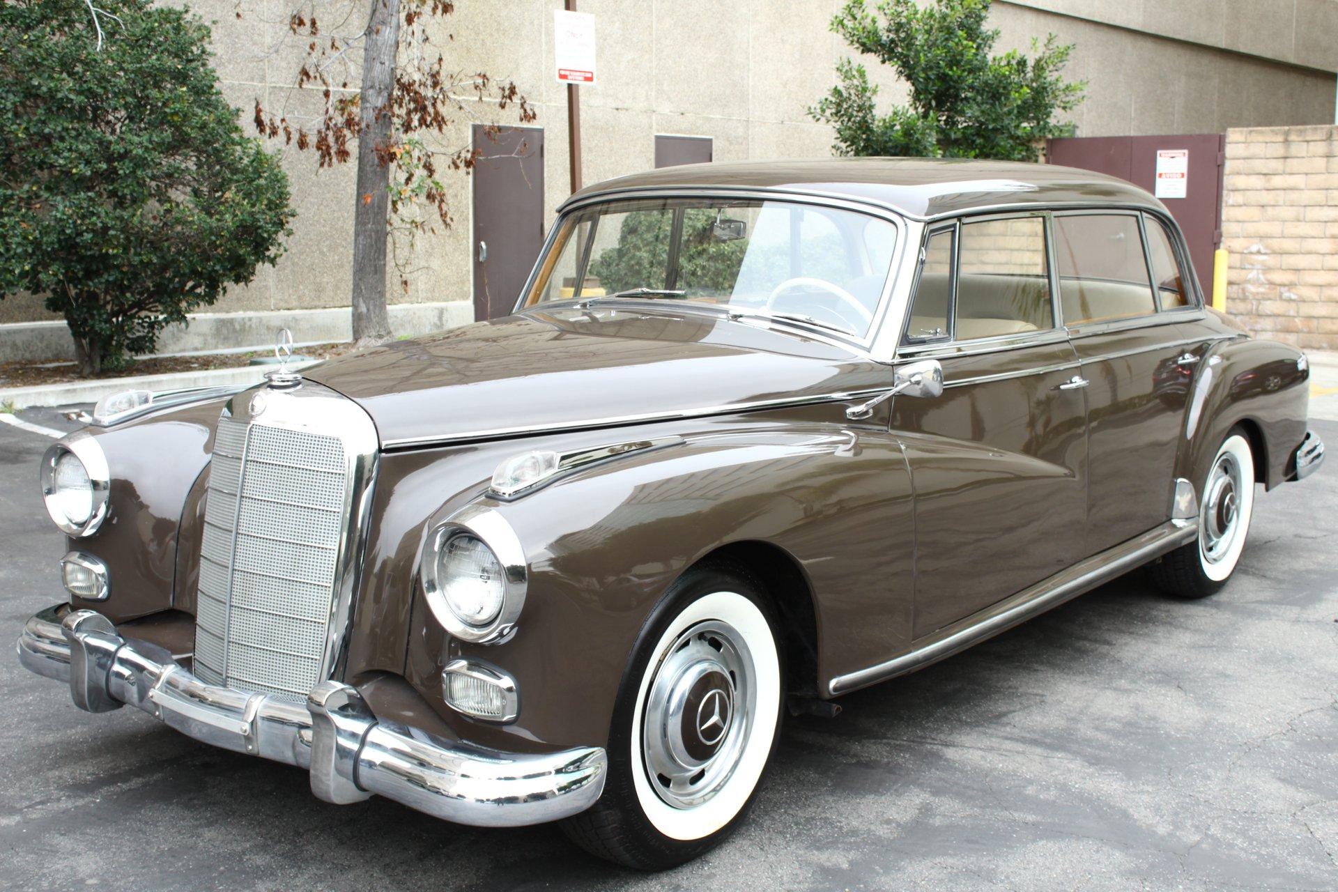1960 Mercedes-Benz Adenauer 300d W189