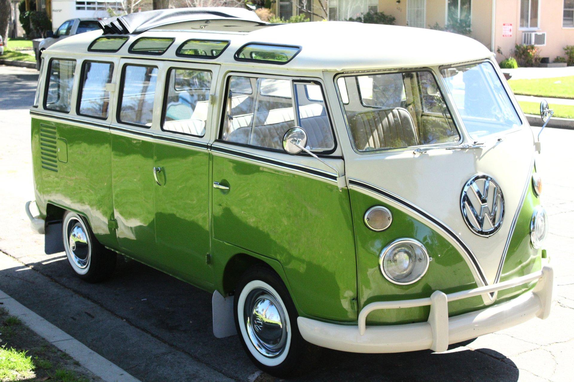1972 Volkswagen Bus/Vanagon