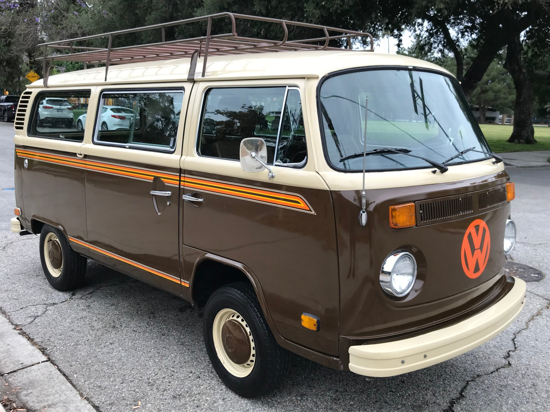 1978 Volkswagen Bus Vanagon Vintage Car Collector