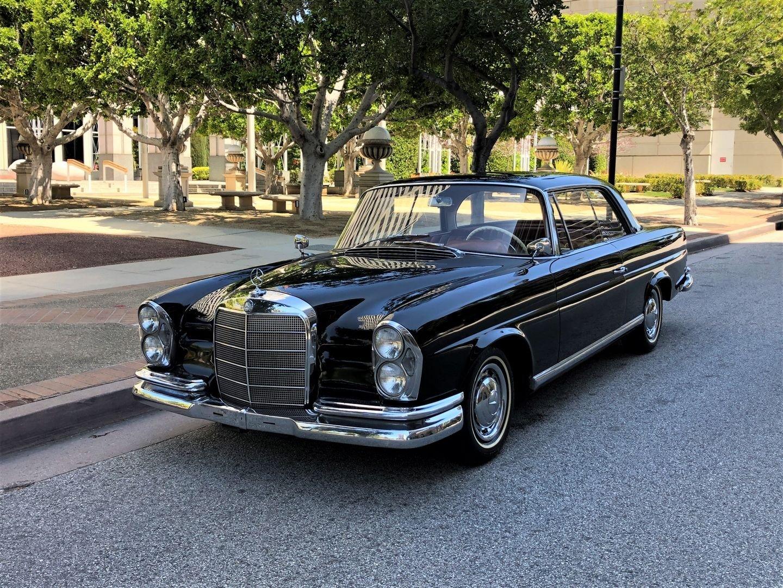 1961 Mercedes-Benz 220SEb